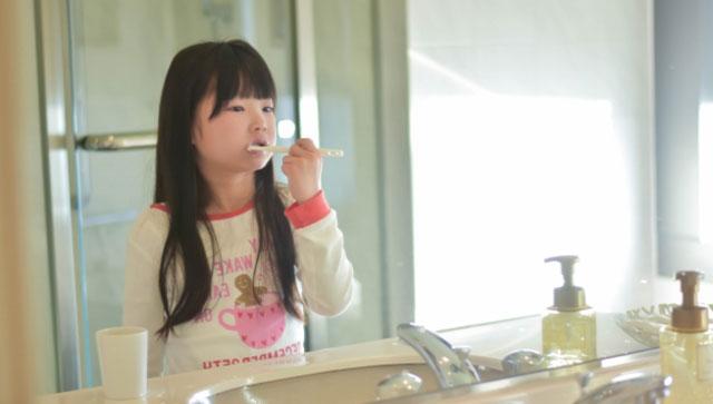 虫歯予防だけではなく歯周病予防にもなる歯みがきの重要性