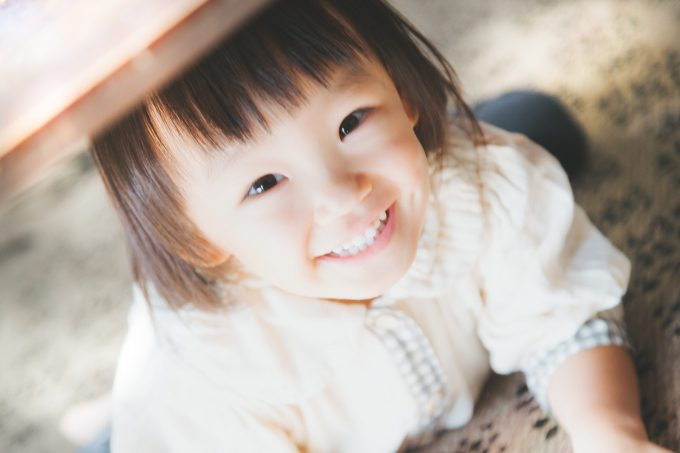 乳歯がなかなか抜けないときに考えられる原因と治療法